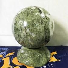 Quả cầu đá tự nhiên ngọc serpentine